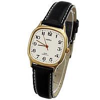 Советские кварцевые позолоченные часы Чайка