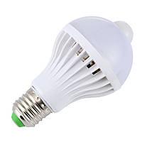 Лампа светодиодная с PIR датчиком движения GOXI 003IR-7WB, E27, 12 LED 7 Вт. Автоматическое включение света