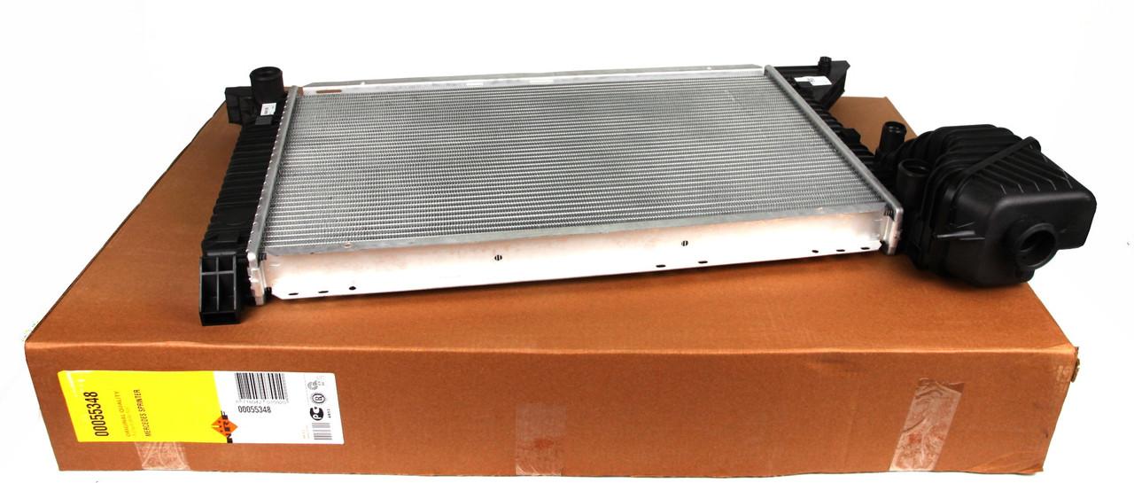 Радиатор охлаждения Sprinter  / Спринтер  2.2-2.7 CDI с 2000 - 2006 NRF 55348 Нидерланды