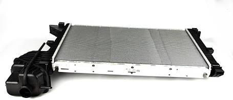 Радиатор охлаждения мерседес спринтер / Mercedes Sprinter  2.2-2.7 CDI .NISSENS (Дания) 62519A, фото 2