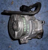 Вакуумный насосRenaultMegane II 1.9dCi2003-2009Bosch , D163R720562 (мотор F9Q 816)