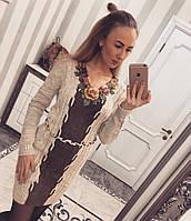 Теплое женское платье с цветами