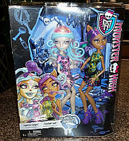 Monster High Viperine Gorgon and Clawdeen Wolf Dolls