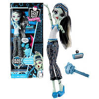 Кукла Френки Штейн Пижамная вечеринка Monster High Dead Tired Frankie Stein