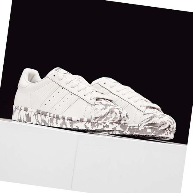 Белые кроссовки Адидас для мужчин