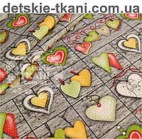 Ткань хлопковая с зелёными сердцами на серых досках, № 561