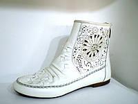 Ботинки женские с лазерным узором, фото 1