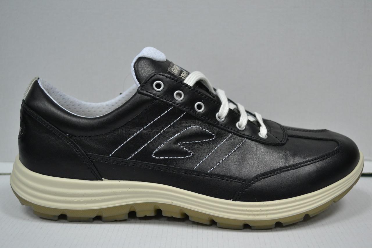 Кроссовки от итальянской фирмы Grisport 40929 37р. Скидка