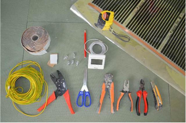 Инструменты и материалы для монтажа