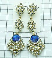 Ювелирные вечерние длинные серьги с синими камнями под золото. 525