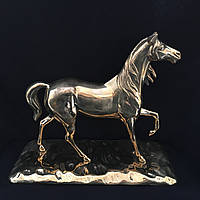 Лошадь на подставке Stilars 654
