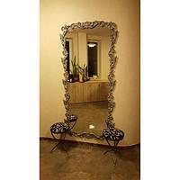 Зеркало в кованной раме