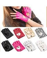 Женские кожаные обрезанные перчатки мотоперчатки черные рок без пальцев панк стильные крутые модные