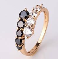Позолоченное кольцо с белыми и черными цирконами р 16,17,18,19