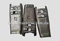 Вилка вижыма сцепления (лапка) или рычаг корзины сцепления Dongfeng 240/244