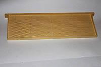 Рамка с искусственной вощиной 145 мм