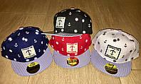 Модные детские кепки с прямым козырьком