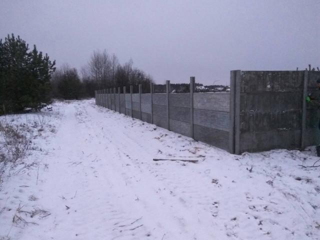 Установка бетонного забора в зимний период