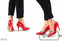 Красные лаковые туфли на шпильке 36р