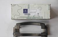 Скоба  суппорта Мерседес Спринтер /  Sprinter 408 - 412 - 414 D, / T4 c 1995 Оригинал  0004211406 (Заднего)