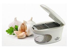 Измельчитель чеснока 3in1 Garlic Press