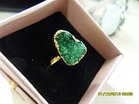 Кольцо с натуральным камнем друза агата в позолоте