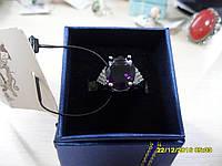 Кольцо с камнем пурпурный сапфир в серебре