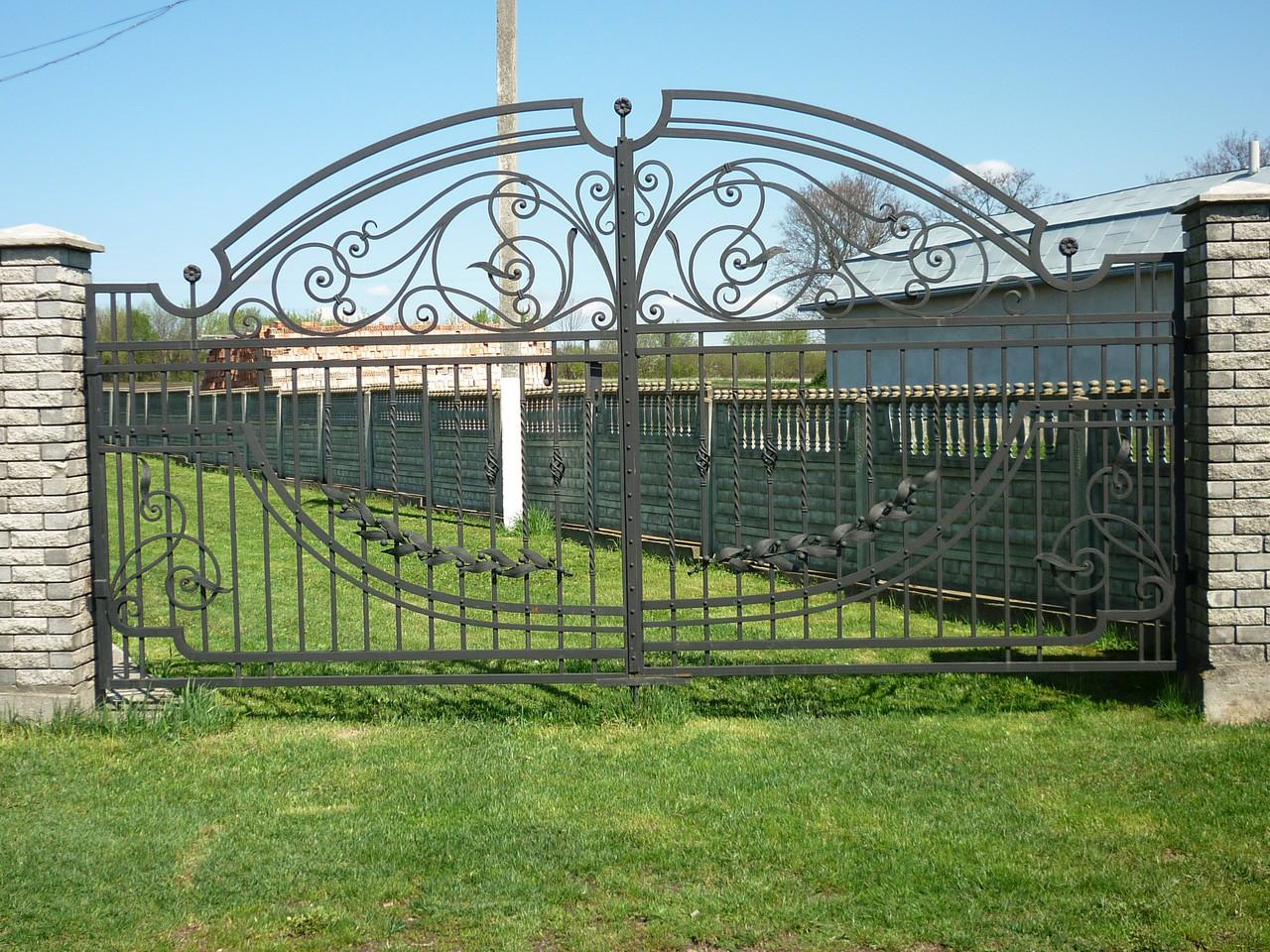 Ворота кованые Європа