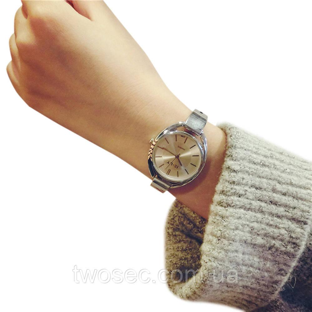 Женские наручные металлические часы кварцевые Luxo золотые, золотистые