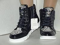 Новые лаковые ботинки, 22, 5 см стелька