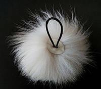 Заколка для волос на резинке из натурального меха белого цвета