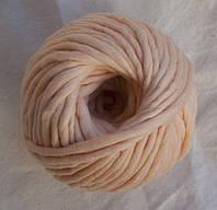 Толстая пряжа меринос 5 мм персик