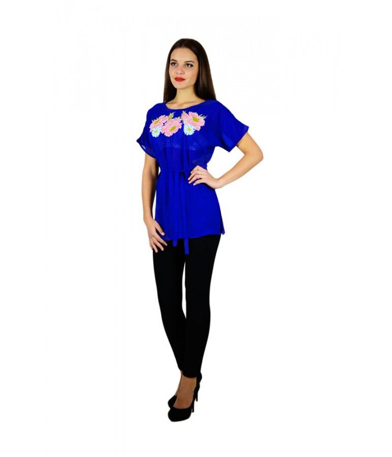Вышитая женская рубашка синяя с розовыми цветами М-311-5 40