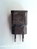 Сетевое зарядное устройство USB для  мобильных телефонов и планшетов  5V-2A