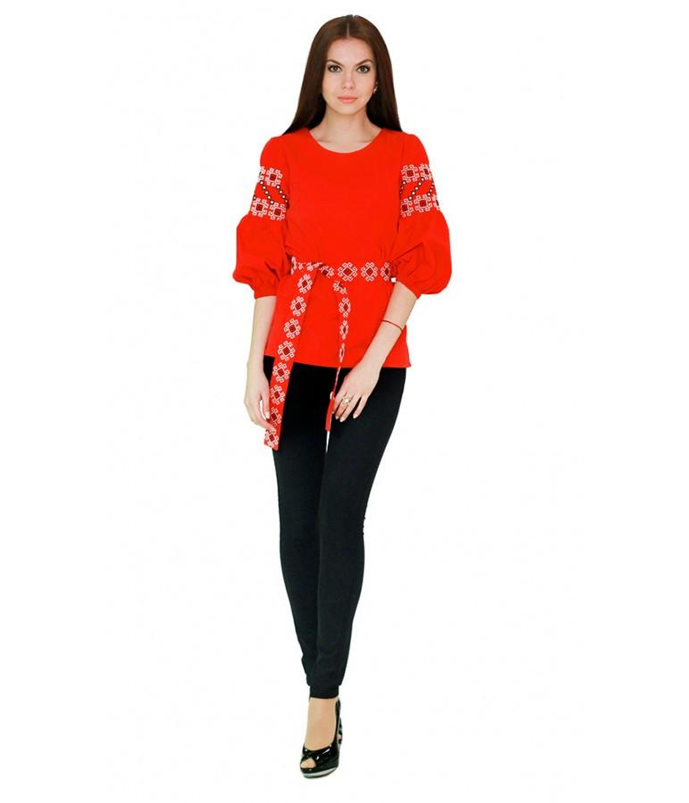 Вышитая женская рубашка с четвертным рукавом красная М-218 42