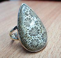 """Серебряный перстень  с желтым океаническим кораллом """"Капля"""", размер 19,7 от студии  LadyStyle.Biz"""