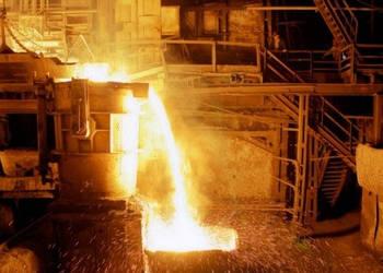 Цеха харьковского завода начали резать на металлолом