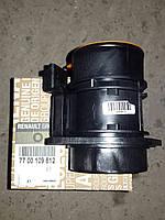 Расходомер воздуха новый на 2.5 до 2006 RENAULT TRAFIC