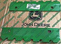 Пластина H201914 John Deere 166689 Wear Plate FRONT BEATER планка  Н201914
