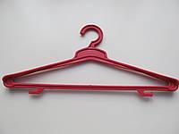 Тремпеля пластиковые цветные для верхней одежды