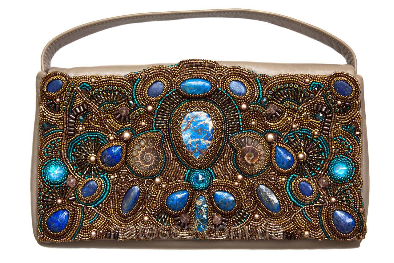 Кожаная сумочка с аммонитами и лазуритом