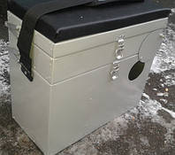 Ящик для зимней рыбалки с фронтальным отверстием