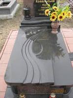 Надгробия гранитные № 5