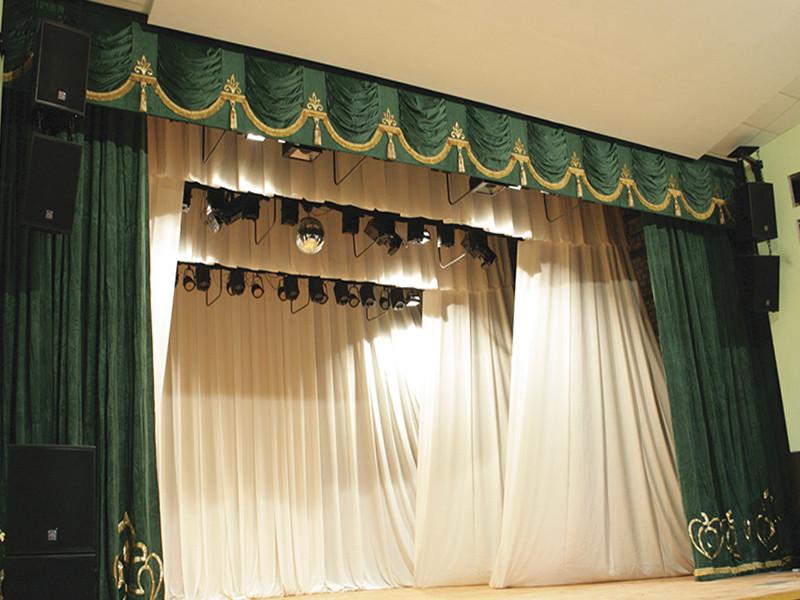 Театральные шторы, изготовление под заказ