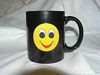 Кружка-чашка хамелеон Смайлик черная