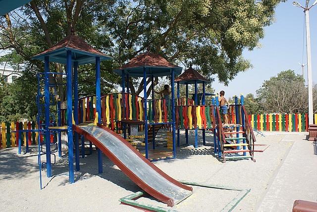 Игровая площадка для детей - АРТ-БАСТИОН в Киеве