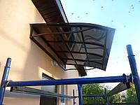 Козырьки над входом из поликарбоната,металлопрофиля (10 фото)