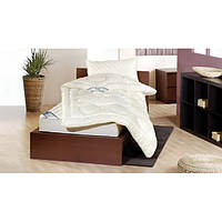 Антиаллергенное шерстяное одеяло F.A.N. Derby 200х220