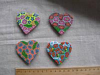 Магнит  керамика сердце высота 4,5 ширина 5,5 см.