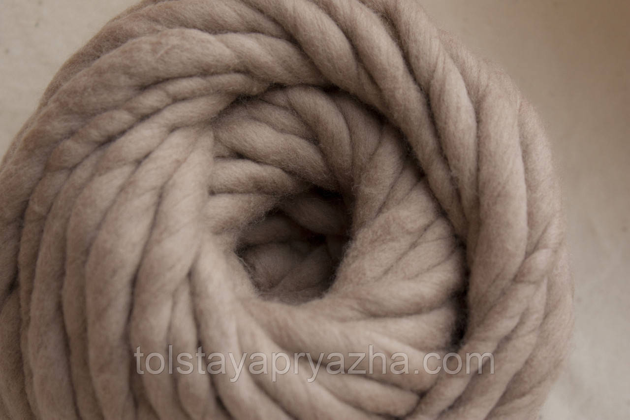Товста пряжа ручного прядіння Elina Tolina, 100% вовна (оброблена) Тілесний